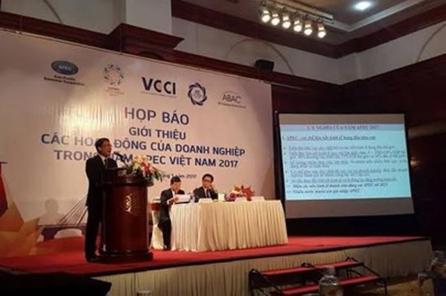 Họp báo về năm APEC Việt Nam 2017.