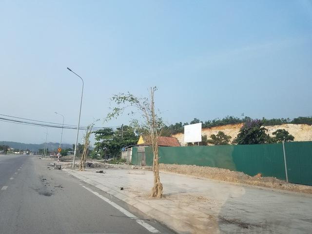 Dự án cho người thu nhập thấp ở phường Hà Khánh nay là vỉa than không lồ.