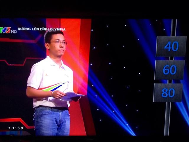 Trần Anh Duy tự tin bước vào phần thi về đích với gói câu hỏi 40 điểm. Ảnh: K.Hòa