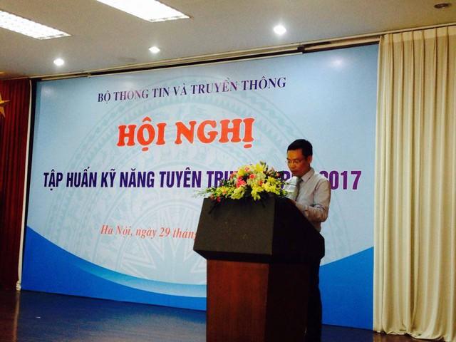 Ông Đặng Khắc Lợi, Phó Cục trưởng Cục Báo chí phát biểu tại hội nghị.