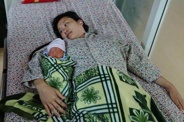 Mẹ con chị Tuyết hiện sức khoẻ đã ổn định.