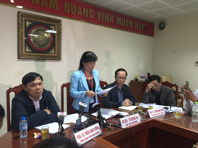 Bà Tô Thị Mai Hoa đọc kết luận của hội đồng chuyên môn.