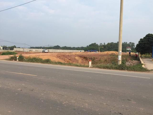 Lãnh đạo huyện Lạng Giang cho biết đến nay các đoạn hộ lan bị tháo dỡ trái phép vẫn chưa được rào lại.
