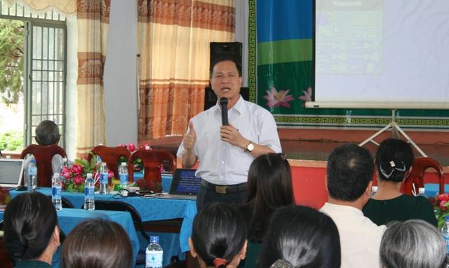 BS. Mai Xuân Phương – Phó Vụ trưởng Vụ Truyền thông giáo dục (Tổng cục DS-KHHGĐ) gia tăng sự thấu hiểu và chia sẻ nơi đồng bào giáo dân đối với hoạt động dân số.