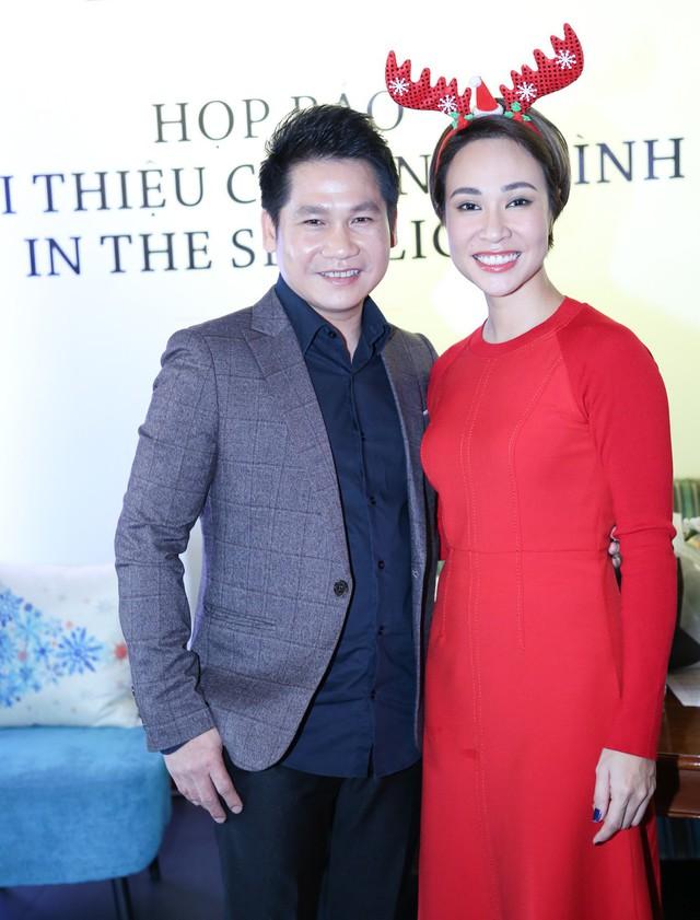Uyên Linh là giọng ca nữ duy nhất của chương trình