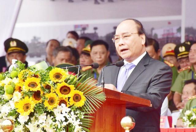 Thủ tướng Nguyễn Xuân Phúc phát biểu tại lễ tổng duyệt.