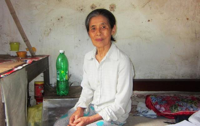 Bà Ngân dành gần trọn cả cuộc đời thờ cúng người chồng chưa cưới của mình