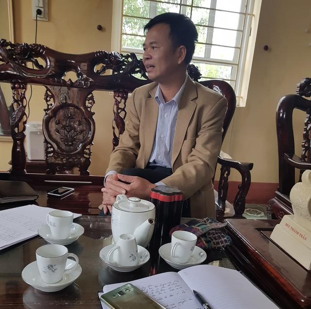 Ông Nguyễn Văn Huấn - Hiệu trưởng Trường THCS Phan Bội Châu cho biết, việc dạy thêm theo ca đã kéo dài gần 20 năm.