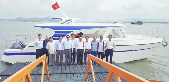 Tàu đóng bằng vật liệu PPC tại Vũng Tàu. (ảnh: HC)