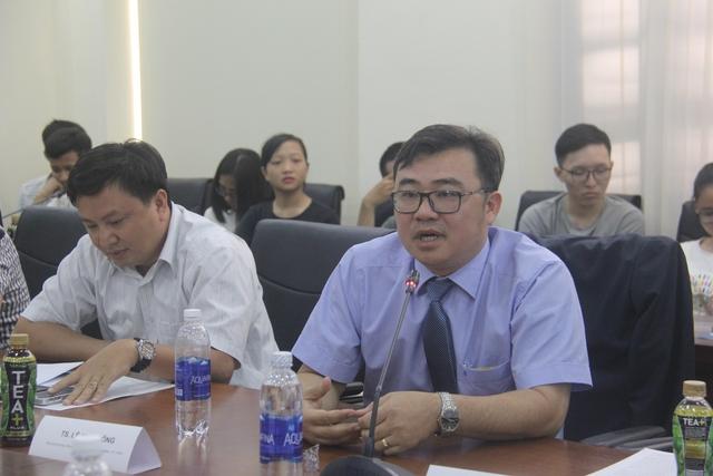 TS. Lê Minh Công (Phó trưởng khoa Khoa Tâm lý học, ĐHKHXH&NV, ĐHQGTPHCM)