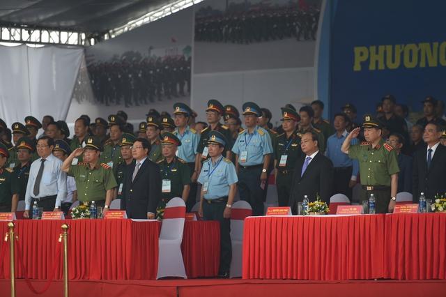 Lễ ra quân trước sự chứng kiến của các lãnh đạo cấp cao.