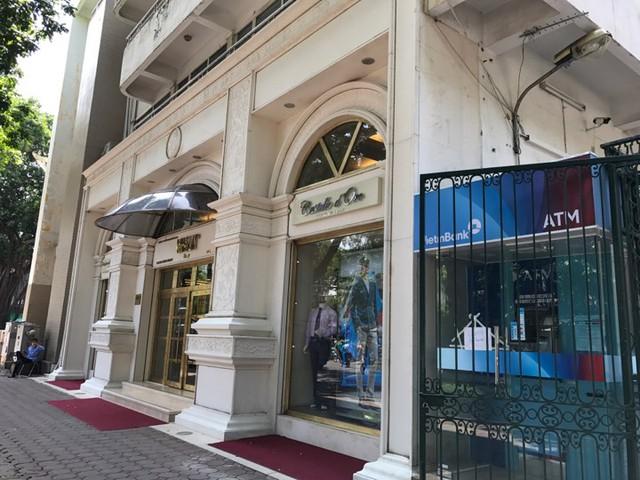 Một góc Nhà hát Cao đẳng Nghệ thuật Hà Nội được dùng để kinh doanh