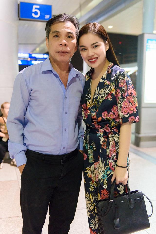 Ca sĩ Giang Hồng Ngọc rất tự hào về người cha của mình.