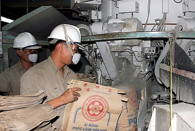 Thưởng Tết Đinh Dậu ở Hải Phòng lên đến 100 triệu đồng. Ảnh minh hoạ