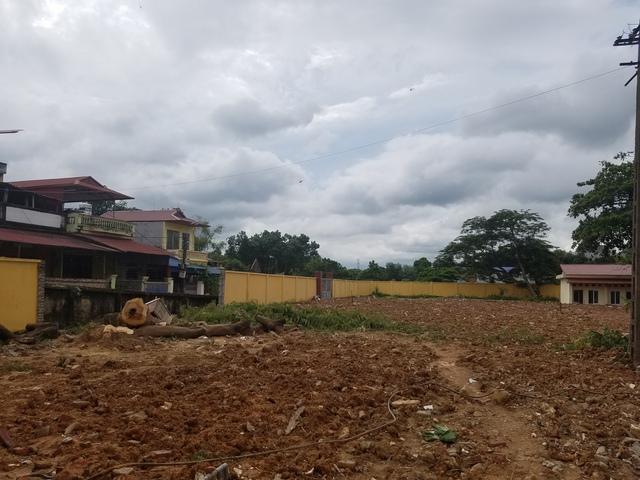 Khu đất đang nằm trong khuôn viên của TT BTXH tỉnh Thái Nguyên bị UBND TP Thái Nguyên thu hồi 2151m2 để bán đấu giá. ảnh: T.g