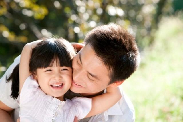 Cha yêu con gái bất tận nhưng có những nguyên tắc giao tiếp không được bỏ qua. Ảnh minh họa