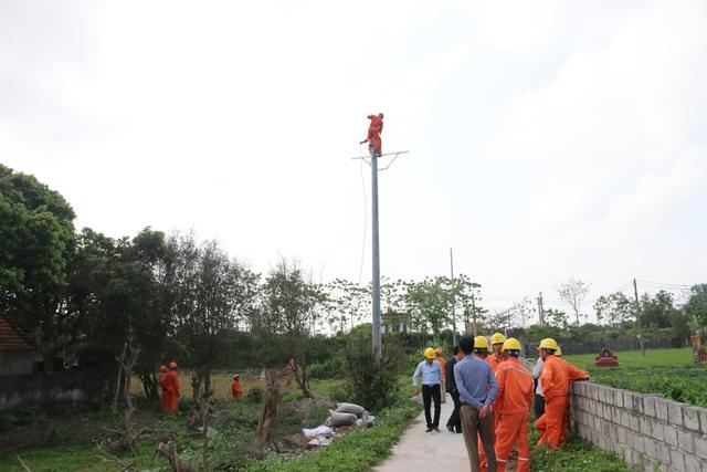 Tổng Công ty Điện lực miền Bắc đang tiến hành các giải pháp nhằm đảm bảo cung cấp điện an toàn, ổn định cho mùa khô. Ảnh: Phương Dung