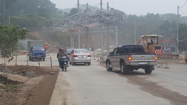 Trạm thu phí hoàn vốn dự án Thái Nguyên - Chợ Mới (Bắc Kạn) chưa hoạt động đã gặp phải sự phản ứng của người dân. Ảnh: Cao Tuân