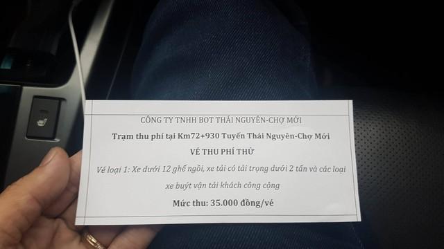 Mức thu phí thử nghiệm trên cao tốc Thái Nguyên - Chợ Mới với giá 35.000 đồng/lượt/xe ôtô dưới 9 chỗ.