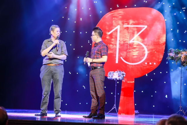 Nhạc sĩ Nguyễn Thụy Kha tại chương trình giới thiệu sách và nhạc ở Nhà hát Lớn Hà Nội. Ảnh: N.T