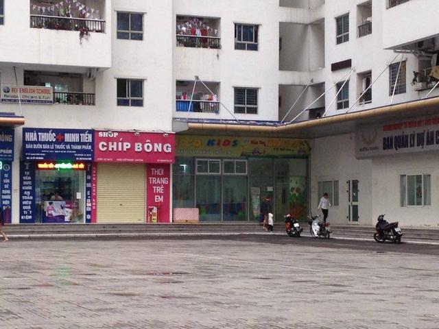 Nhiều cơ sở mầm non tư nhân được mở tại tầng thấp các tòa nhà Khu đô thị HH Linh Đàm. Ảnh: Q.Huy