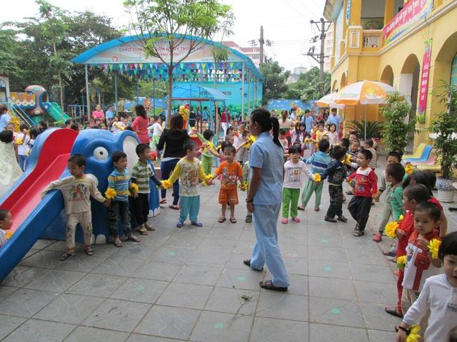 """Năm học 2017 - 2018 nhiều trường mầm non công lập tại Hà Nội tiếp tục có """"tỷ lệ chọi"""" cao. Ảnh: Q.Anh"""