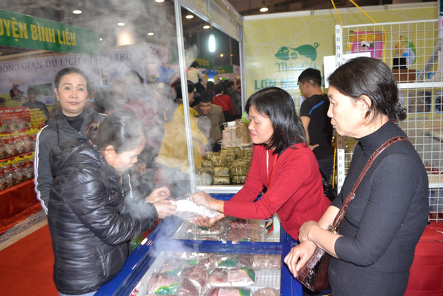Các mặt hàng tại hội chợ đa dạng, phong phú và đảm bảo chất lượng