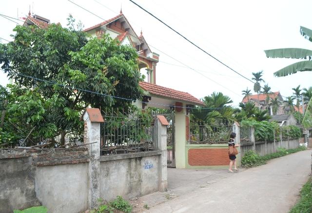 Ngôi nhà bên quê nội Nhật Linh đã yên bình sau những ngày đau thương. Ảnh: Đ.Tuỳ