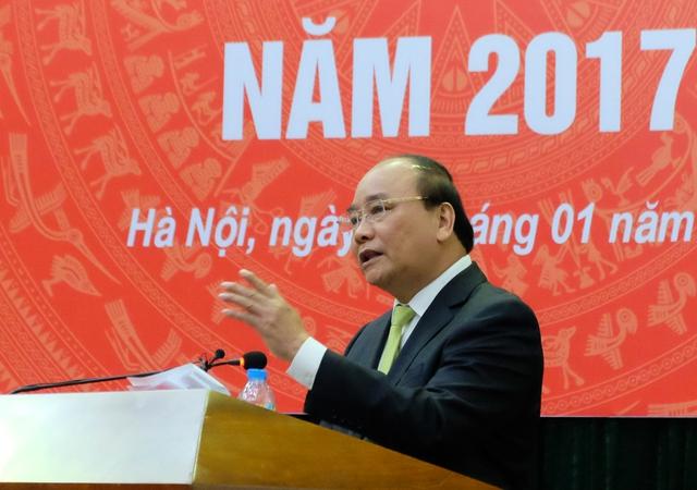 Thủ tướng Chinh phủ Nguyễn Xuân Phúc nhấn mạnh: Ngành Y tế phải lấy sự hài lòng của người bệnh là mục tiêu quan trọng nhất. Ảnh: T.Minh