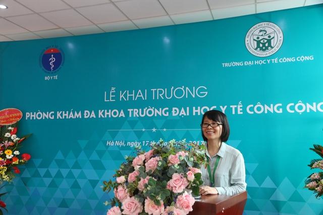 GS. TS Bùi Thị Thu Hà, Hiệu trưởng nhà trường phát biểu trong lễ khai trương