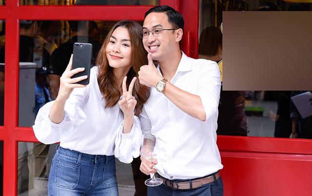 Mới đây Hà Tăng tiếp tục mở nhà hàng thứ 3