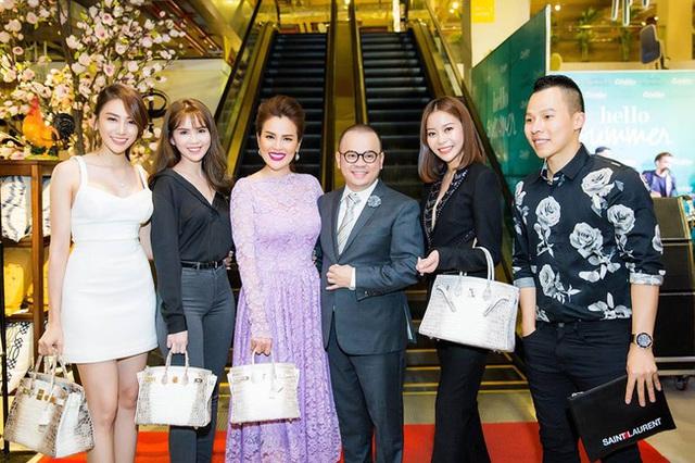Đắt đỏ và hiếm hoi là vậy nhưng showbiz Việt lại nhan nhản túi Hermes Himalayan Crocodile