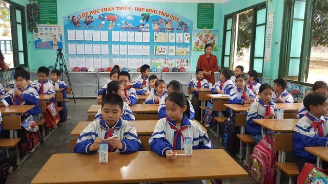 Hạnh phúc khi được thụ hưởng Sữa học đường từ Quỹ tặng