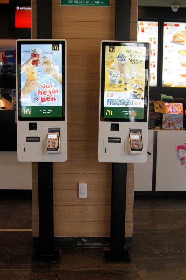 Ki-ốt gọi món tự động lần đầu tiên có mặt tại thị Việt Nam ở nhà hàng McDonald's