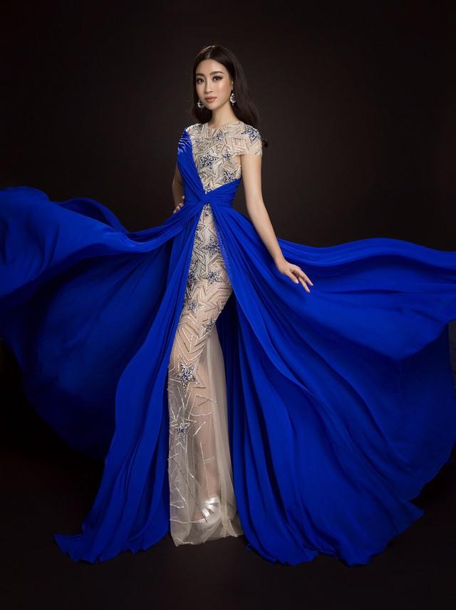 Hoa hậu Đỗ Mỹ Linh trong trang phục dạ hội của NTK Lê Thanh Hòa