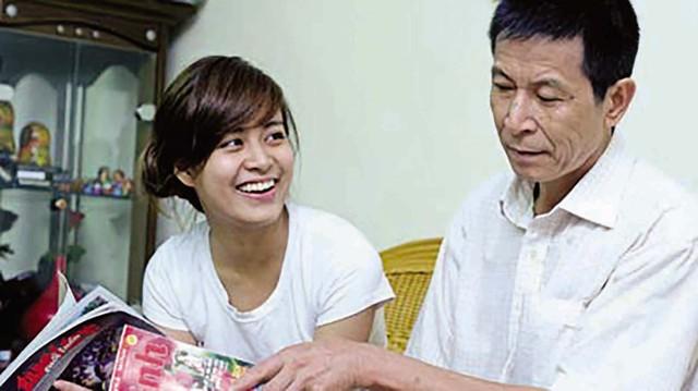 Bố con ca sĩ Hoàng Thùy Linh. Ảnh: TL