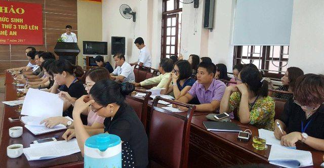 Đại điện 21 Trung tâm DS - KHHGĐ thảo luận về kiểm soát mức sinh.