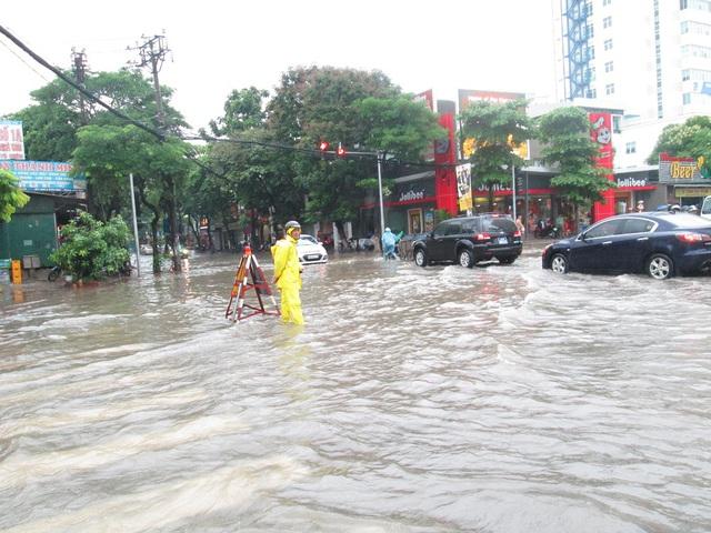 Ngã tư Nguyễn Phong Sắc - Nghĩa Tân (Cầu Giấy)