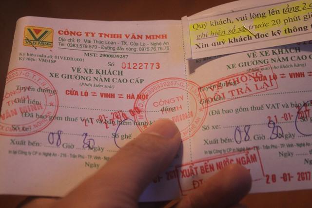 Với 225.000 đồng nhà Văn Minh là số ít trong các nhà xe không tăng giá dịp Tết Đinh Dậu. Ảnh: H.Phương
