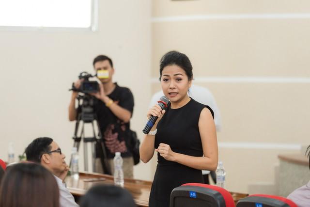 Chị Trần Uyên Phương đã chia sẻ rất nhiều kiến thức bổ ích