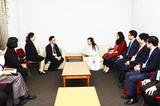 Bộ trưởng Nguyễn Thị Kim Tiến gặp gỡ Thứ trưởng Bộ Y tế Philiippines