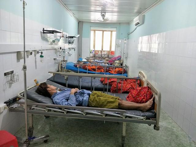 3 bệnh nhân bị ngộ độc cỏ Mỹ đã tỉnh, các chỉ số sinh tồn ổn định và chuẩn bị được xuất viện. Ảnh: BVCC