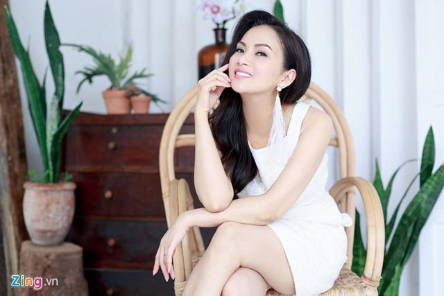 Hà Phương tự nhận điệu đà hơn chị gái Cẩm Ly. Ảnh: NVCC.