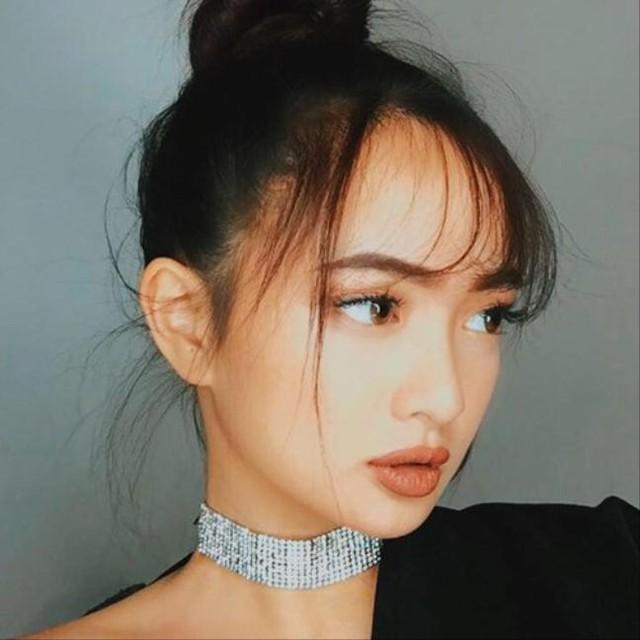 Vẻ đẹp lạ cuốn hút của Kaity Nguyễn khiến cô nhanh chóng nổi tiếng sau bộ phim Em chưa 18.