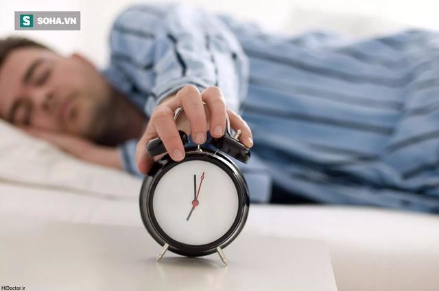 Chuyên gia y tế kiến nghị mọi người nên chú ý duy trì thời gian ngủ khoa học (Ảnh minh họa).
