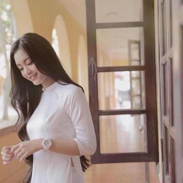 """""""Thiên thần"""" tuổi 18 Hải Phòng - Nguyễn Tố Anh"""