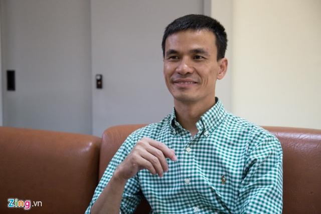 Tiến sĩ Nguyễn Mạnh Hà, Trưởng bộ môn Mô - Phôi, Đại học Y Hà Nội; Phó Giám đốc Trung tâm Hỗ trợ sinh sản và Công nghệ mô ghép. Ảnh: Duy Anh.