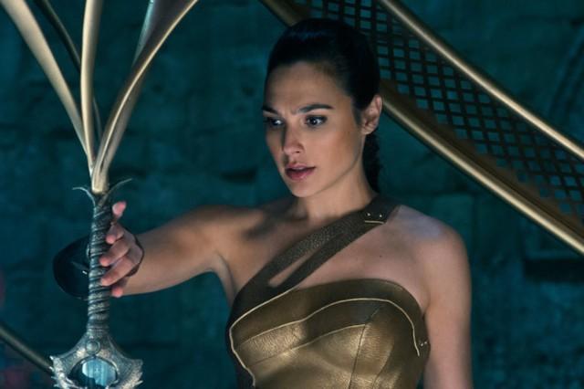Wonder Woman đang trên đường trở thành phim ăn khách thứ ba tại Bắc Mỹ trong lịch sử hãng .