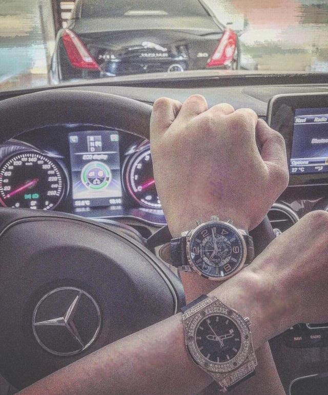 Đồng hồ siêu sang.