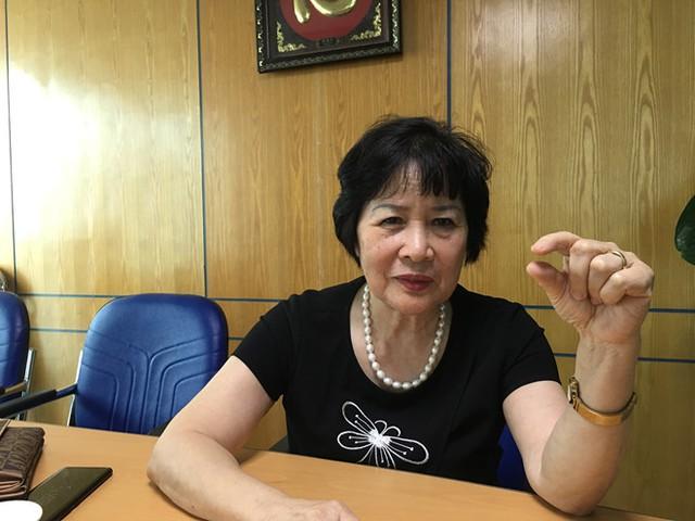Thạc sĩ Nguyễn Thị Nga chia sẻ những câu chuyện xung quanh việc xét nghiệm ADN. Ảnh: HQ.